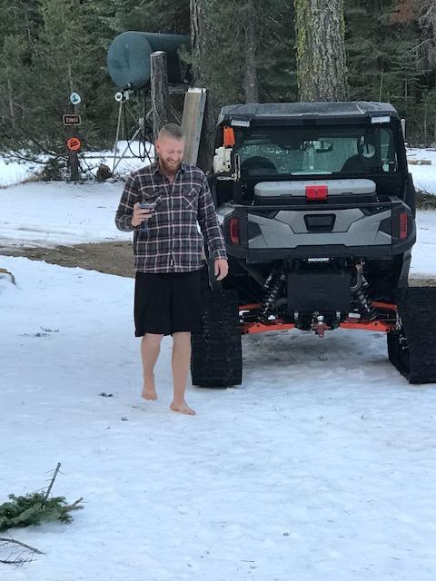 Chris barefoot